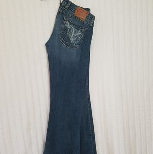 Lucky Brand, low rise, button Jean's. Size 6/28